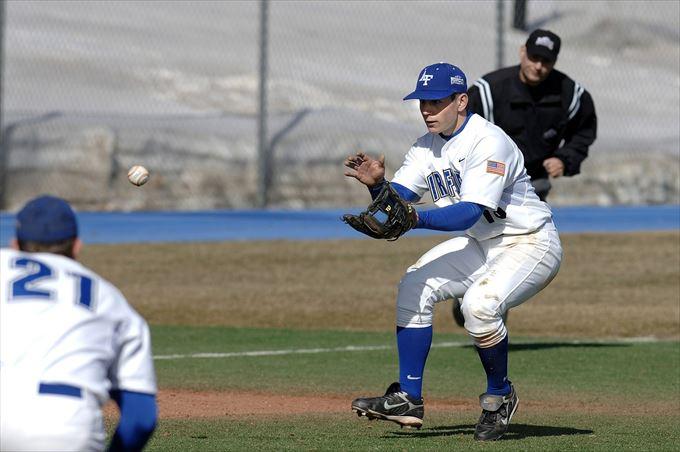 少年野球におけるアウトカウントと守備体系
