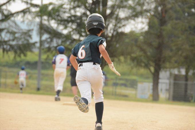 少年野球の走塁は積極的に行くのがコツ