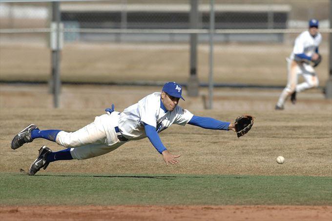 アメリカンノックという少年野球での守備練習方法