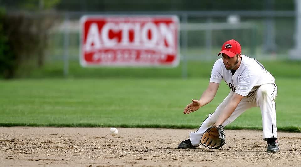 baseball-1513720_960_720-min