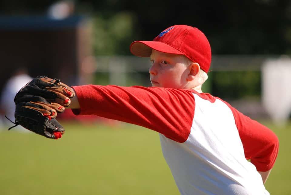少年野球で練習の投球数について